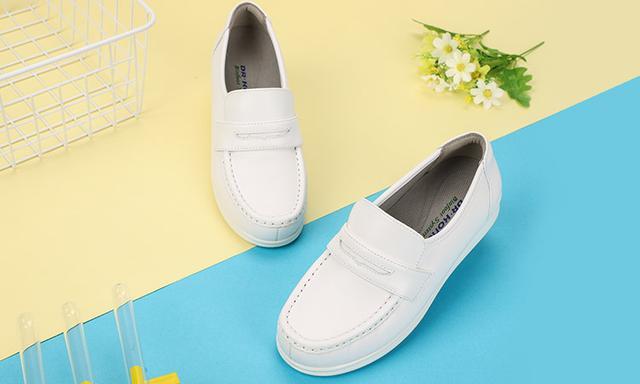 原味美女靴子臭鞋图片