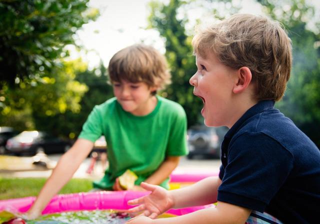 父亲的教养特色:为什么孩子比较容易听爸爸的话?