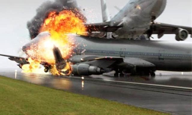 史上最惨的空难事故 飞机刚起飞就坠毁 太平洋舰队高层几乎全损