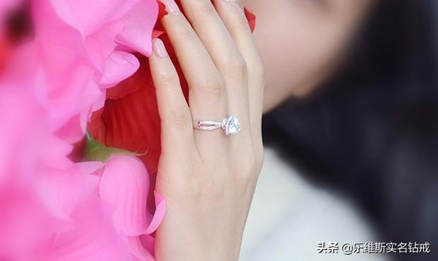 明天七夕,教大家折一个爱心戒指,送给喜欢的人,手工折纸教程