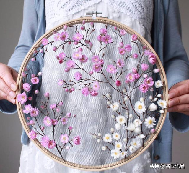 """惊艳!名副其实的绣""""花"""",她以花代线绣出绝美刺绣,创意真绝"""