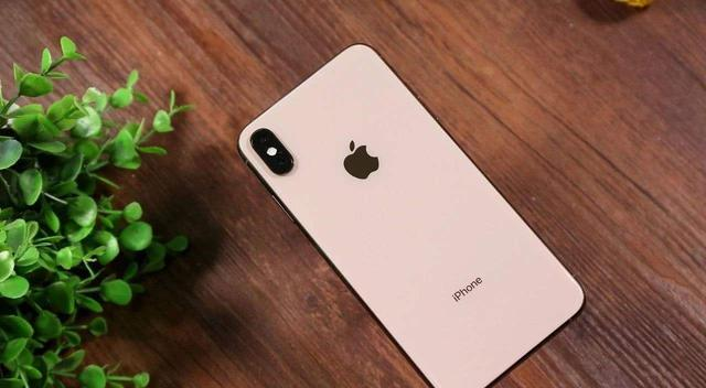 iPhone内存爆炸?掌握这4招,完美腾出手机空间