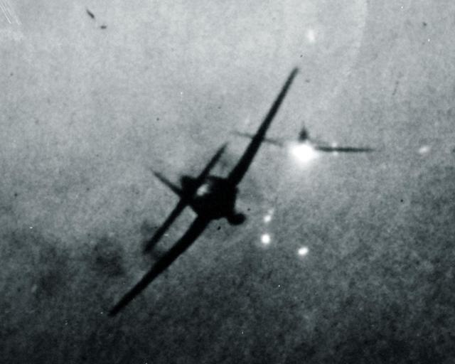 美军最成功护航航母,用民用油船改装而来,获海上女皇美誉(六)