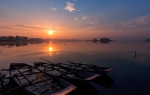 """四川又一湖泊走红,人称天府""""心脏"""",因水质引人驻足"""