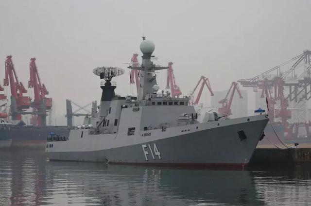朝鲜新型3000吨级潜艇