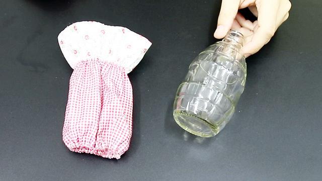 废旧玻璃瓶做花瓶