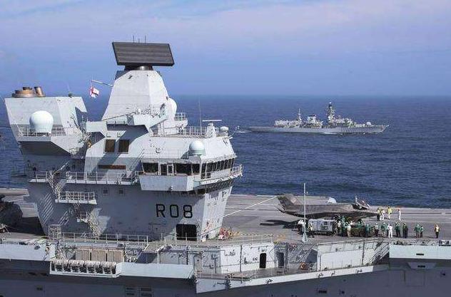 中国驻英大使警告英国政府:勿向南海派航母,那将是危险的一步