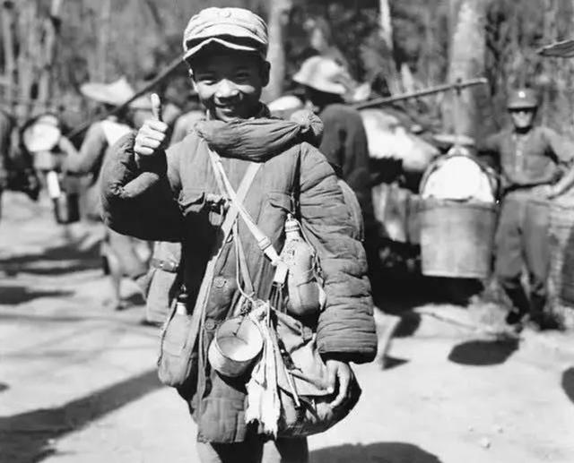 1944年拍摄的娃娃兵,83岁老人看后老泪纵横:这是我