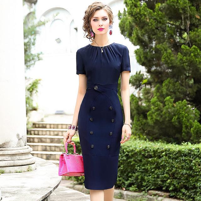 会穿连衣裙的女人都很美哦,修身显瘦的连衣裙