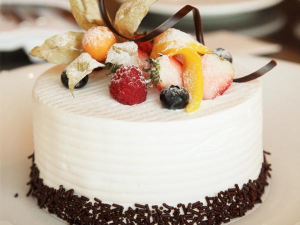 女生學做蛋糕還是西點
