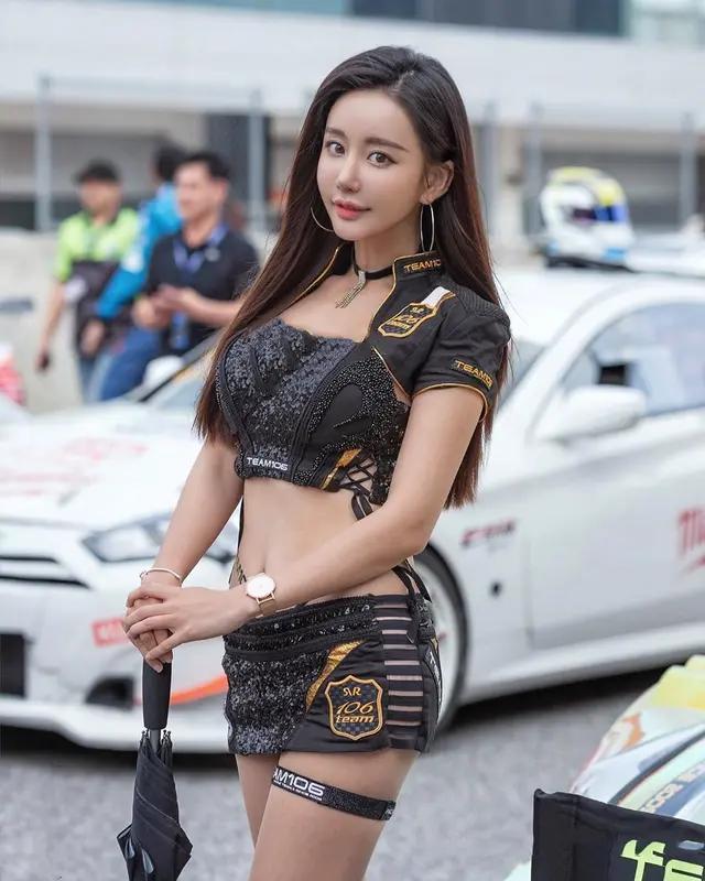 赛车女选手