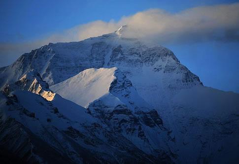 世界七大高峰是哪些?分别多高?