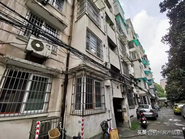 这个楼盘,创下了杭州最贵法拍房纪录
