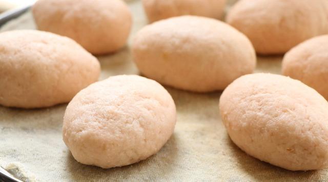 土豆別總是拿來炒土豆絲,教你北方農邨特色做法,晶瑩剔透更好吃