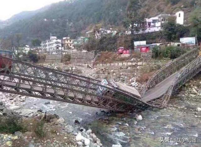 这就是差距!中国40分钟架起180米浮桥,印军72小时建成2天崩塌