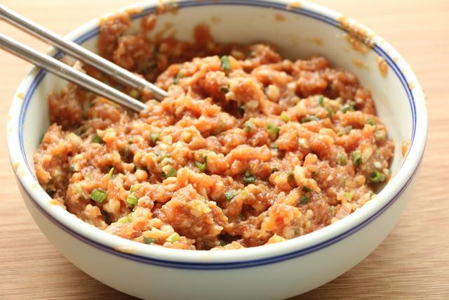 茄子这样做每次都不剩,外焦里嫩,好吃又好做,比肉末茄子更好吃