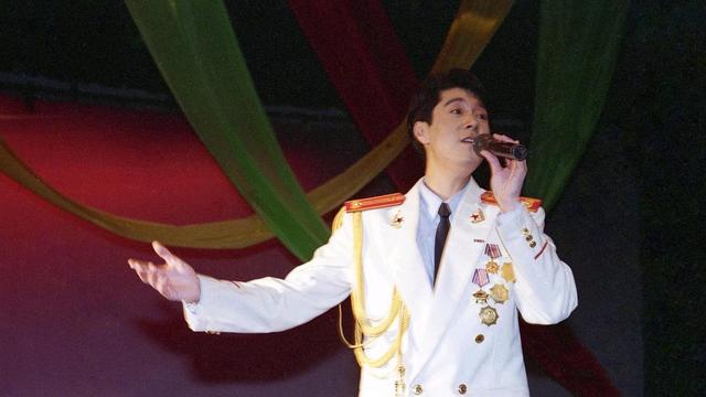 著名歌唱家蔡国庆
