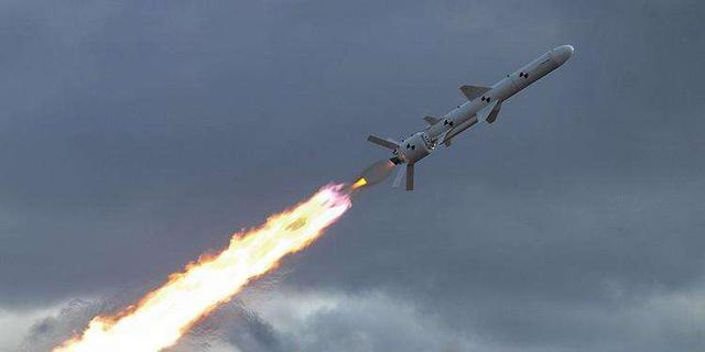 乌将军:部署3个营岸舰导弹封锁克里米亚,做好极端情况发生准备