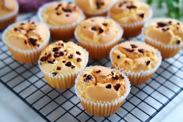 糯米粉也能做糕點,口感香軟,解饞又管飽,比普通蛋糕好吃太多
