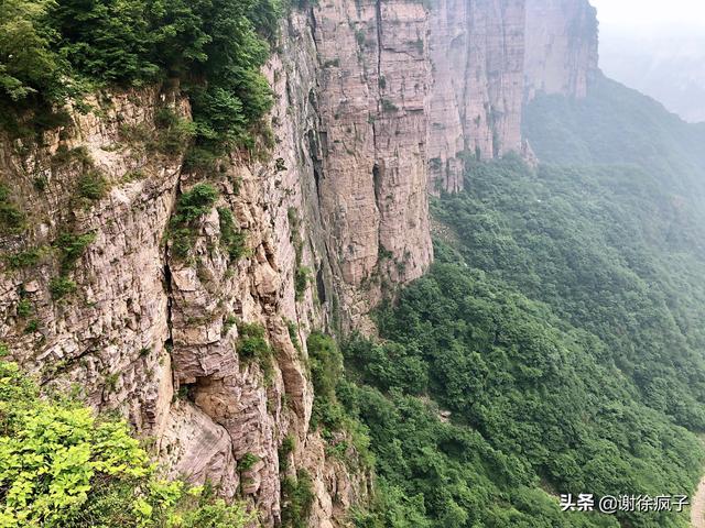来河南新乡不要只去八里沟,看这个景点,奇雄绝险怪统统都有
