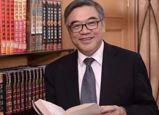 朱永新:家庭教育才是关键的关键!他的这10点教育心得,关乎孩子的未来 | 代表委员谈