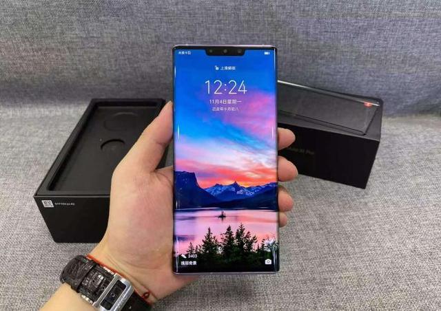 智能手机为何不使用拆卸电池?是科技升级,还是资本陷阱?