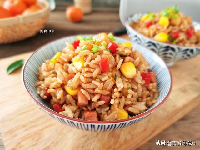 土豆焖饭的做法,饭菜一锅出,鲜香味美,一大锅不够吃