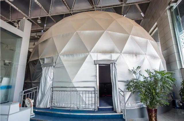 亮麗畫質塑造球幕震撼 愛普生工程投影機球幕方案縱覽