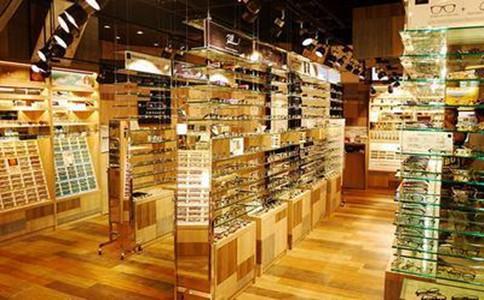 专题五:新开眼镜店从哪里进货?批发渠道有哪些?如何有效防骗