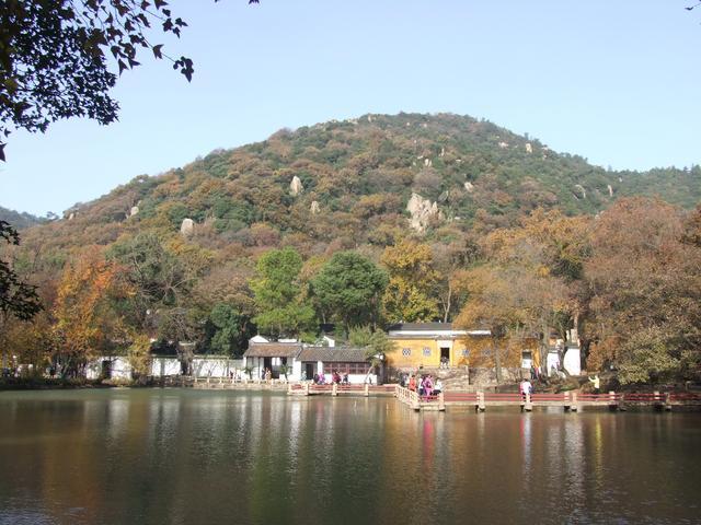 11月已经到了!苏州天平山的枫叶红到什么程度了?