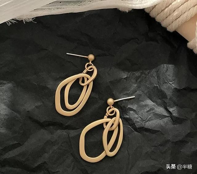 戒指加项链