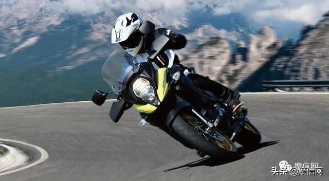 铃木踏板摩托车