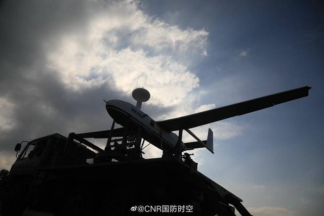 "BZK-006A型无人机已成解放军特战旅标配 可化身战场""天"
