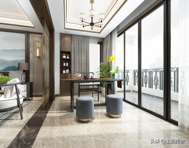 165平中式风,主卧室用玻璃衣柜柜门,有种橱窗的感觉,很有个性