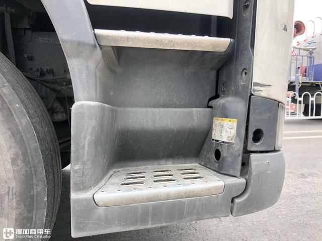 开6年的沃尔沃FM卡车还能卖20万,跑了160多万公里,车况怎么样?