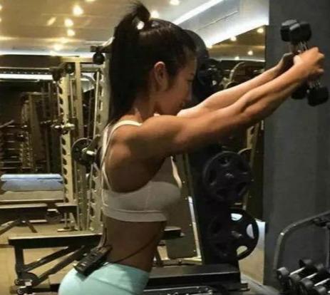 韩国女健身教练有哪些