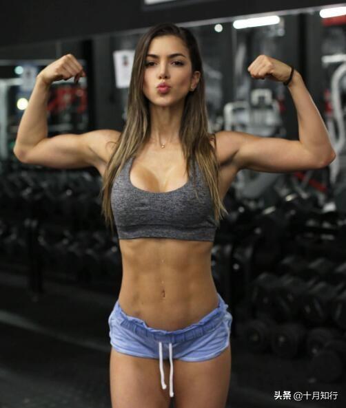 想要練出好腹肌,就不能一成不變,進階動作練出巧克力腹肌