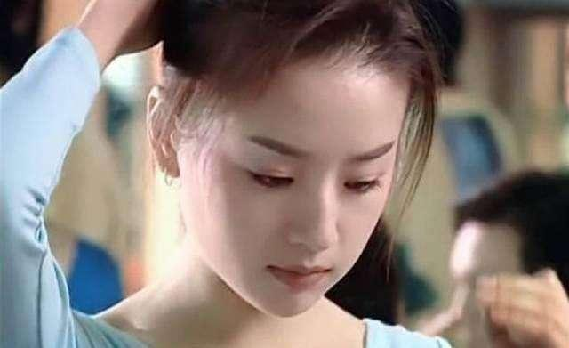 """与潘粤明结婚4年的董洁,为何会看上长相""""丑""""的王大治?"""
