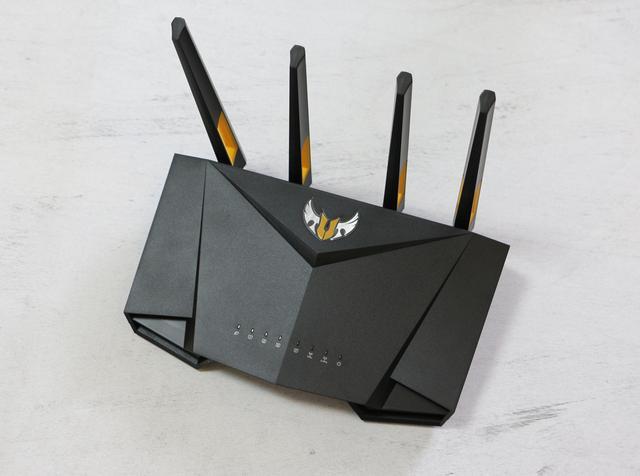 华硕WIFI6路由RT-AX56U测评:家用电竞路由,开启全民WiFi 6时代
