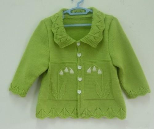 漂亮而且暖和的女婴开衫毛衣针织,附教程图解