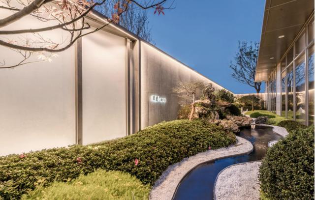 城·启丨风月无边,庭草交翠——荣安·春和景明 / 棕榈设计