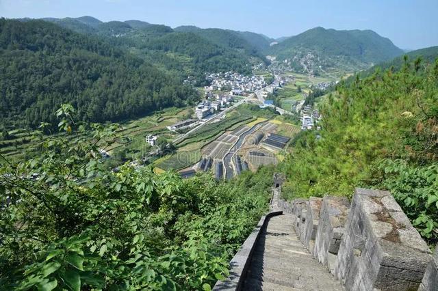 苗疆边墙:明清两大帝国的南方长城