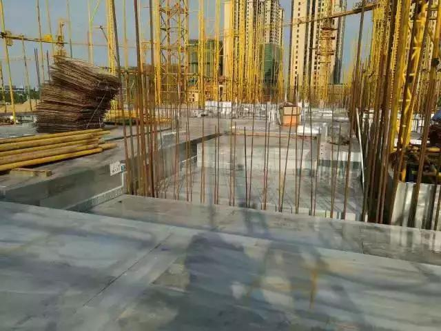 建筑施工用铝模板与木模板的经济对比