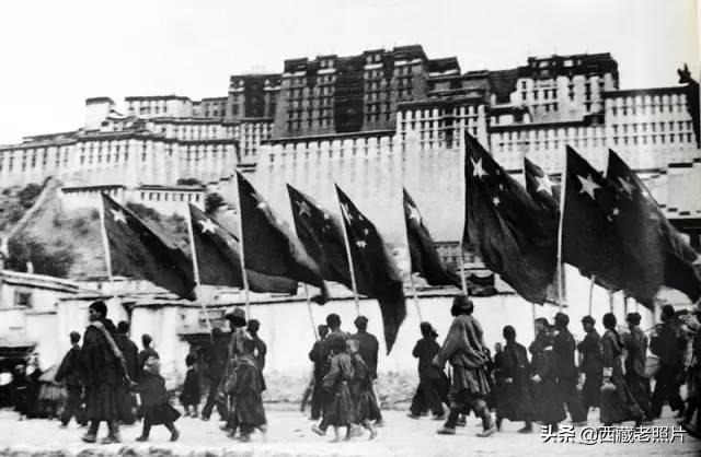 西藏和平解放绘画