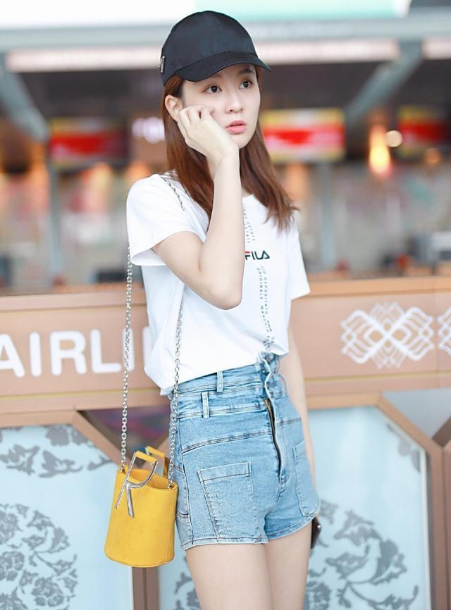 高腰牛仔短裤女
