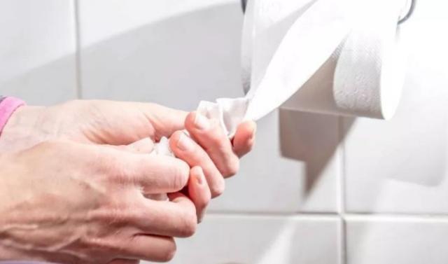 女性小便后要不要用纸巾擦拭,怎么擦更科学?这里给你说清楚