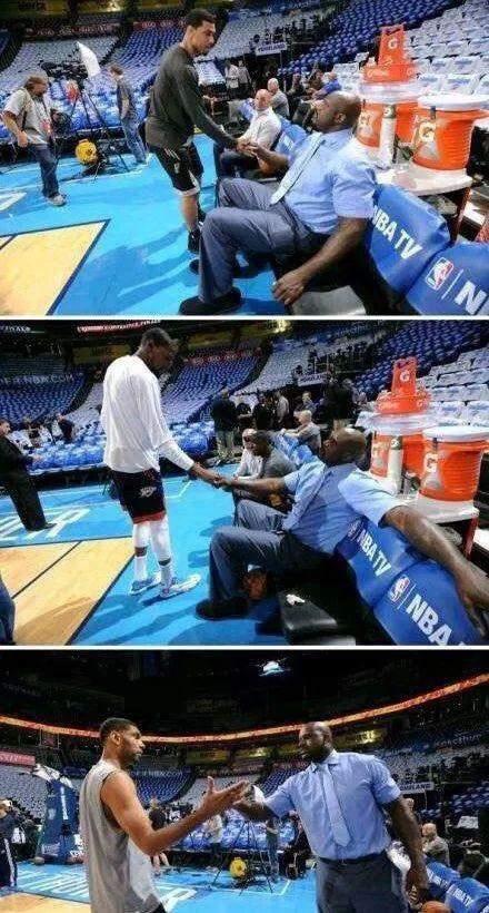 什麼叫江湖地位?看歐尼爾和3人握手的態度對比,KD也只算小弟,只有他獲得尊重!-黑特籃球-NBA新聞影音圖片分享社區