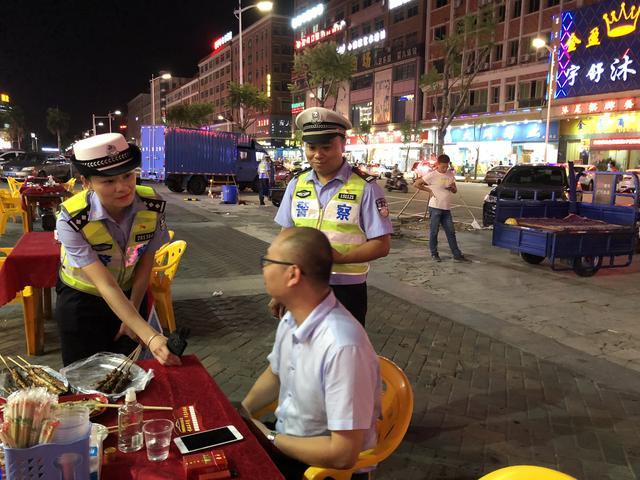 饭局遇上酒精测试仪,那是交警为喝酒的司机提个醒-第2张图片
