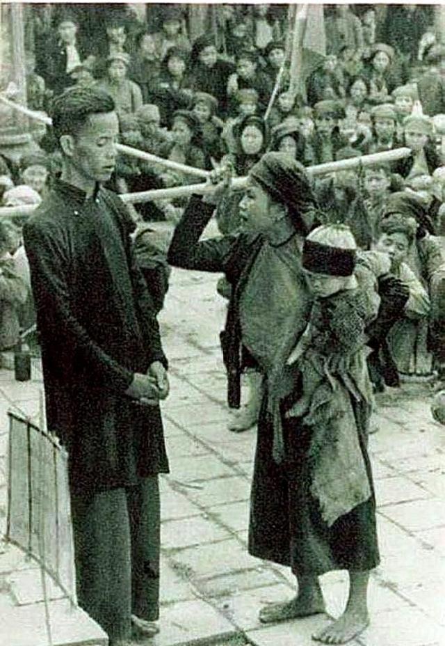 李大壮从军后第一次回家,遇见村里违反政策斗地主,他该怎么办