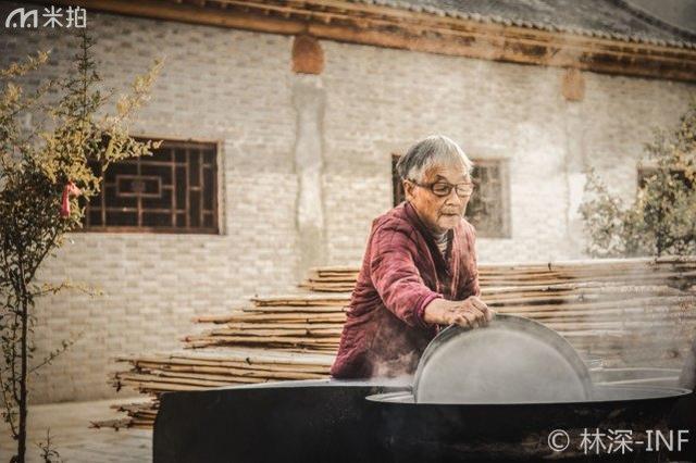 河南省新乡小店河村,这里只剩下一群耄耋之年的老人投井下石打一生肖邪剑仙图片  新闻